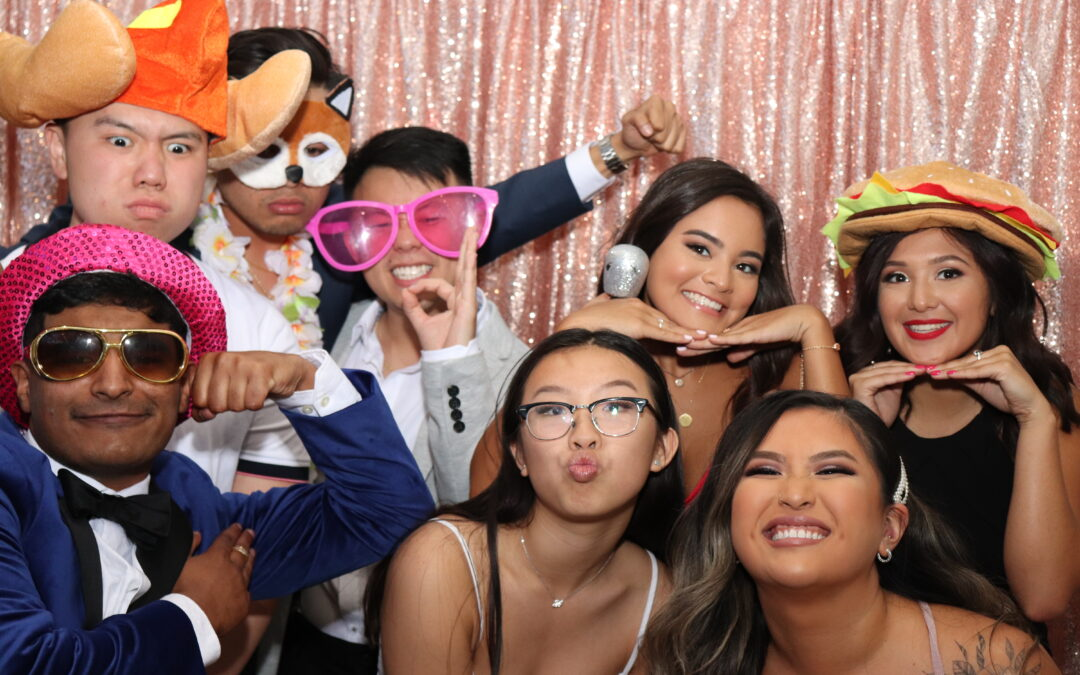 Why a Peterborough Photo Booth will make you stand out on social media